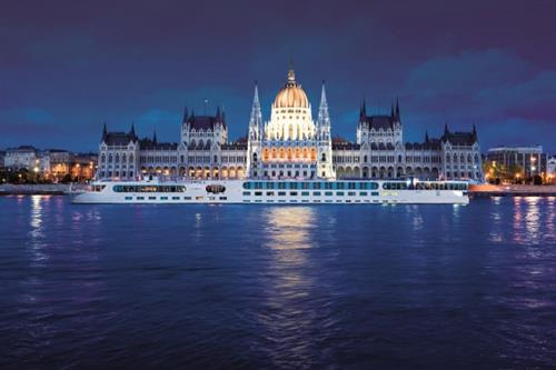 River Cruising by night