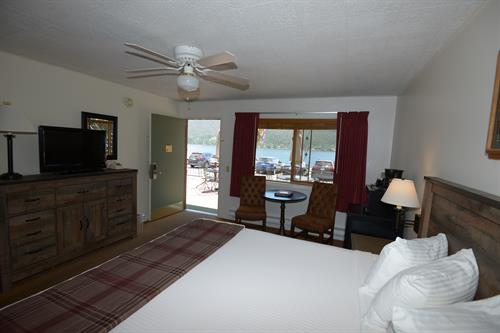 Western Riviera Lakeside Motel King Room