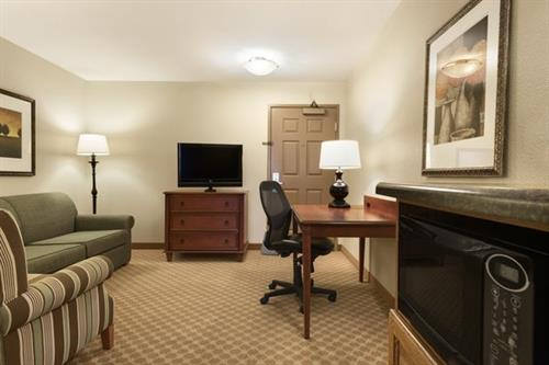 Cozy and spacious suites