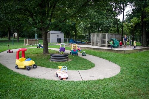 Gallery Image evergreen_playground1.jpg