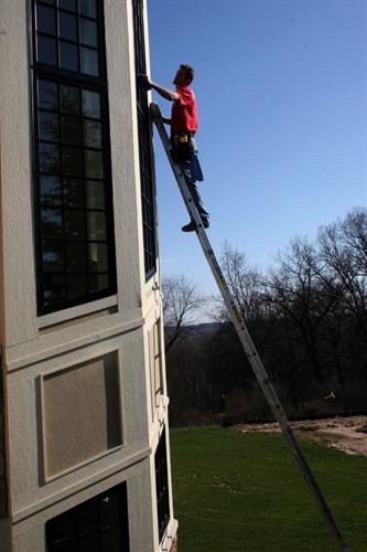 Shine Window Cleaning (Ladder)