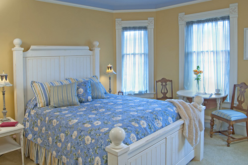 Gallery Image Bingham_Hall_Bed_and_Breakfast_Lothards_room.jpg