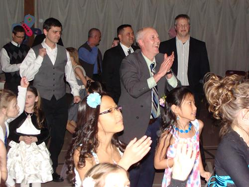 Gallery Image Father_Daughter_dance.jpg