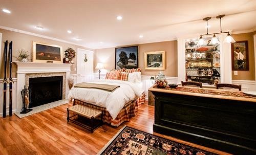 Brynmor Queen Luxe Suite