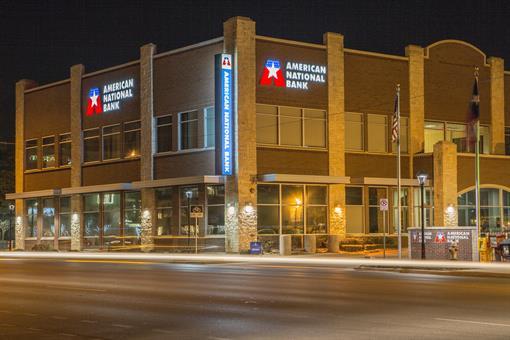 7th Street Banking Center