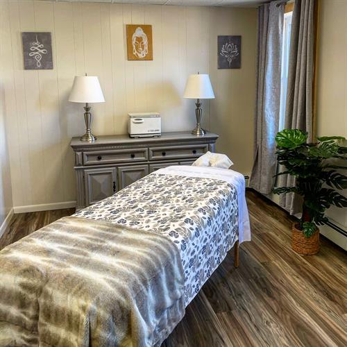 Gallery Image massage_room_2.JPG