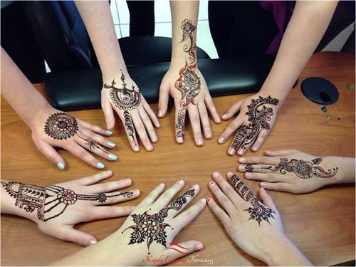 Group Henna art by Neha at Kapila Eyebrow Threading Morgan Hill. Thanks for all the love and support!! ????Eyebrow Threading $7.99????  ? 408-831-2769 ?  ?? 16400 Juan Hernandez Dr Morgan Hill??  ?? Mon to Sun 8amto10pm ??  ??????Click Me?????? www.kapilaeyebrowthreading.com
