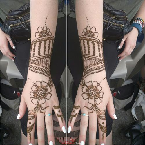 Nice Henna art by Neha at Kapila Eyebrow Threading Morgan Hill. Thanks for all the love and support!! ????Eyebrow Threading $7.99????  ? 408-831-2769 ?  ?? 16400 Juan Hernandez Dr Morgan Hill??  ?? Mon to Sun 8amto10pm ??  ??????Click Me?????? www.kapilaeyebrowthreading.com