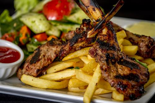 Rack of lamb with fries and garden salad