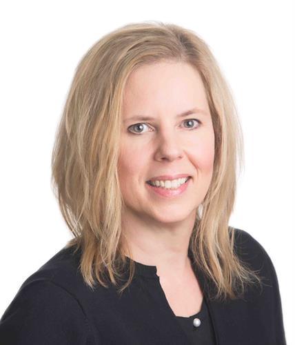Lisa Lennox, Retail Banking Manager