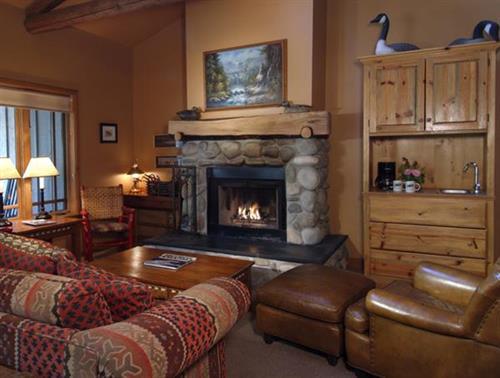 Weasku Inn Cabin Suite