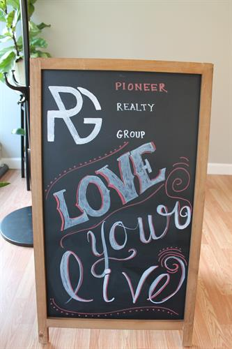Love Your Live! Let us help you find a great home