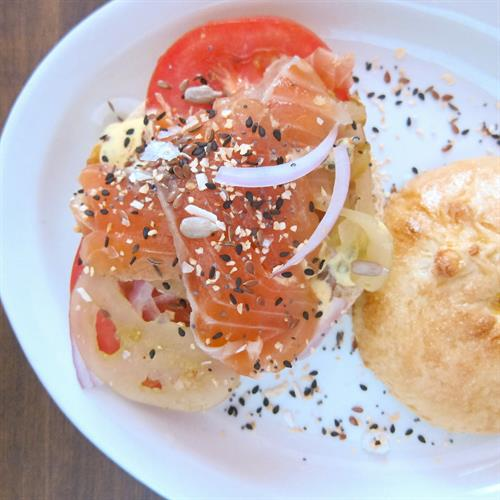 lox bialy