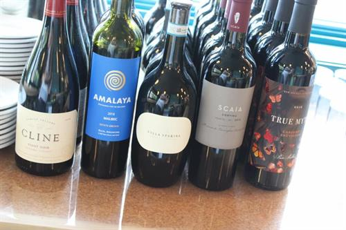 Gallery Image Wines.jpg