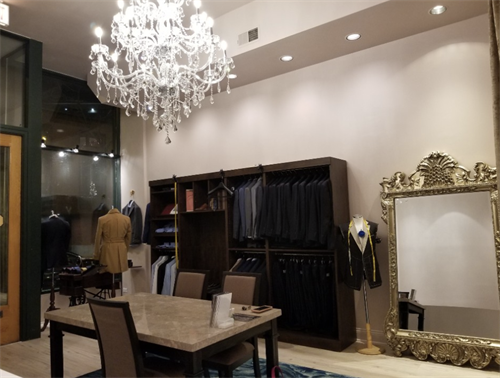 Jacob Young Custom Clothiers at Lincoln Park- Commercial Design