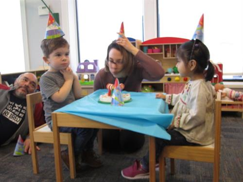 The Toddler Group program (18 months – 3 years old) offers a listening rehabilitation group experience