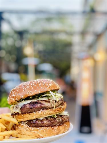 Le Sud Double Meat Burger