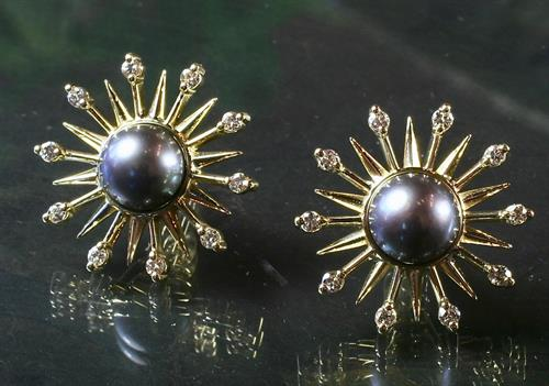 Earring jackets for pearls in !8K gold with diamonds by Ellie Thompson