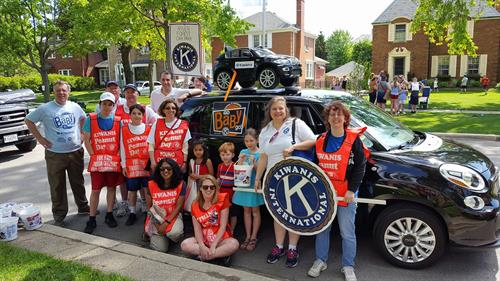 Kiwanis members on display in parade