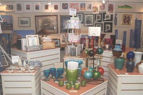 Gallery Image Visitor%20Center%20(interior.%20merchandise)(ts201309171452552077).jpg