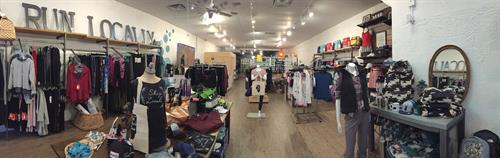Gallery Image lively_pano_store.JPG