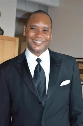 Dr. Andrew Hendrix / Director, Interventional Spine Program