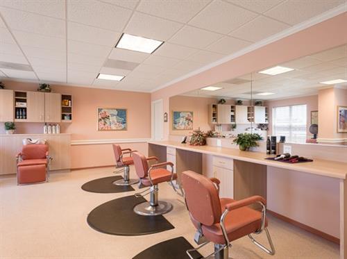 Gallery Image Belmont_Village_Oak_Park_Beauty_Salon.jpg