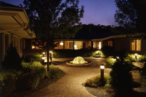 Gallery Image courtyardnight.jpg