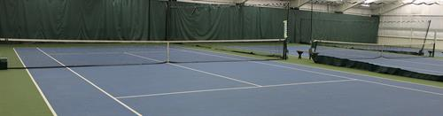 Gallery Image Tennis_courts.jpg