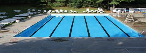 Gallery Image outdoor_pools_3.jpg