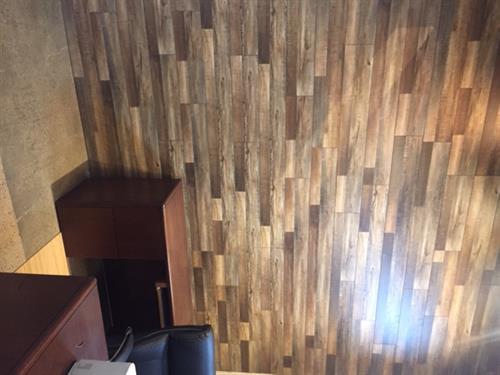 Gallery Image AZAEL_wood_laminate_wall.jpg