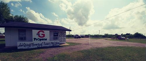 Bottle Filling Station conveniently located off FM 88/Texas and on Mile 16N Road between Weslaco and Elsa.