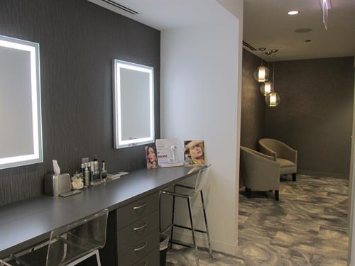 Esthetic waiting area & Makeup Bar