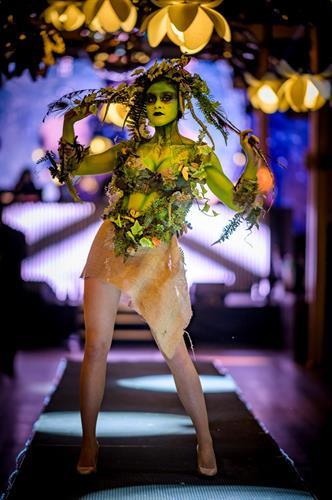 Gallery Image LB_Moss_Girl_on_runway.jpg