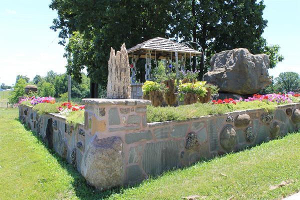 Rock Garden Antique Barn