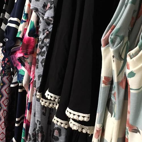 Gallery Image clothes(2).jpg