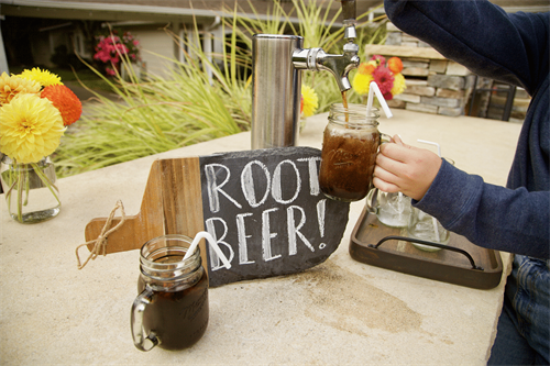 Gallery Image Issaquah_Root-Beer.png