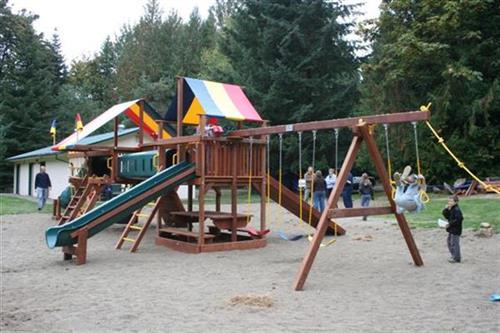 2 Huge playgrounds