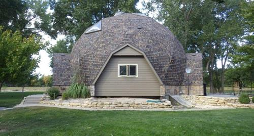 Gallery Image Owens_Corning-Geodesic_Dome._Cedar_Bluffs._NE._Haynes._Doug_and_Jean.jpg
