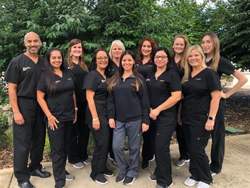DeSilva Dermatology Team 10/2018