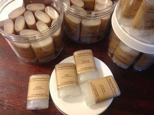 Moisturizing solid perfume lotion bars