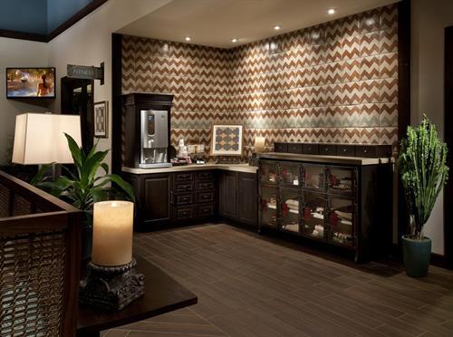 Gallery Image Clubhouse_Starbucks_Bar.jpg