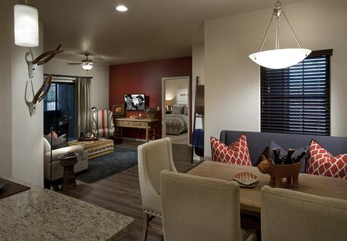 Gallery Image Spacious_Floor_plans_with_accent_walls.jpg