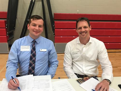 Renasant Bank Volunteering at Fulton Science Academy Students Mock Interviews.