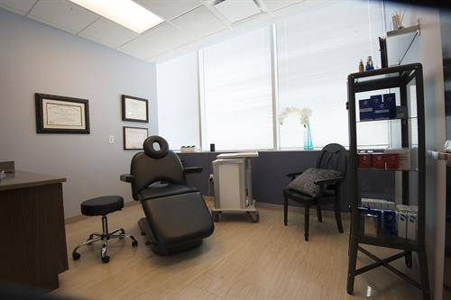 Treatment room at Y Plastic Surgery