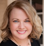 Meet Holly Pritulsky of East Valley Associates-American Family Insurance