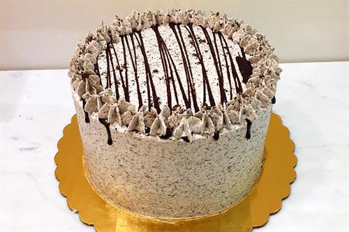 Huascar & Co. Bakeshop Cookies-n-Cream Cake