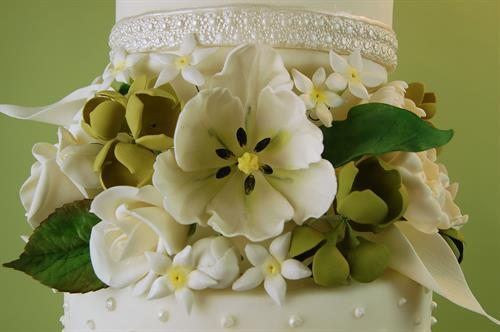 Huascar & Co. Bakeshop Handmade Sugar Paste Flowers (Detail)