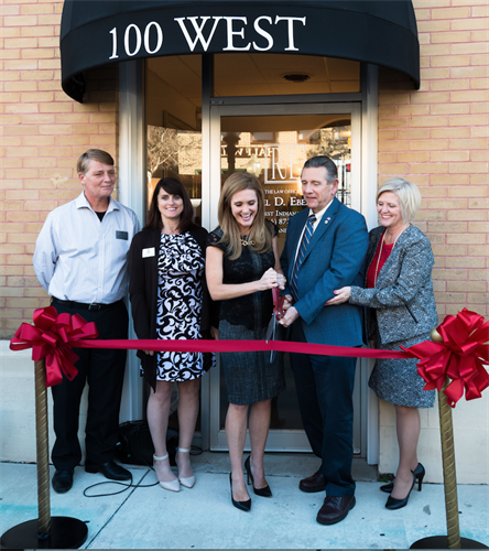 Gallery Image Ribbon_Cutting_at_Grand_Opening.png