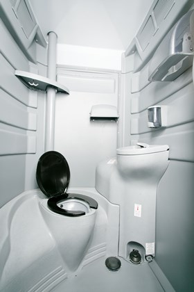 Fresh VIP interior with sink and flushing system